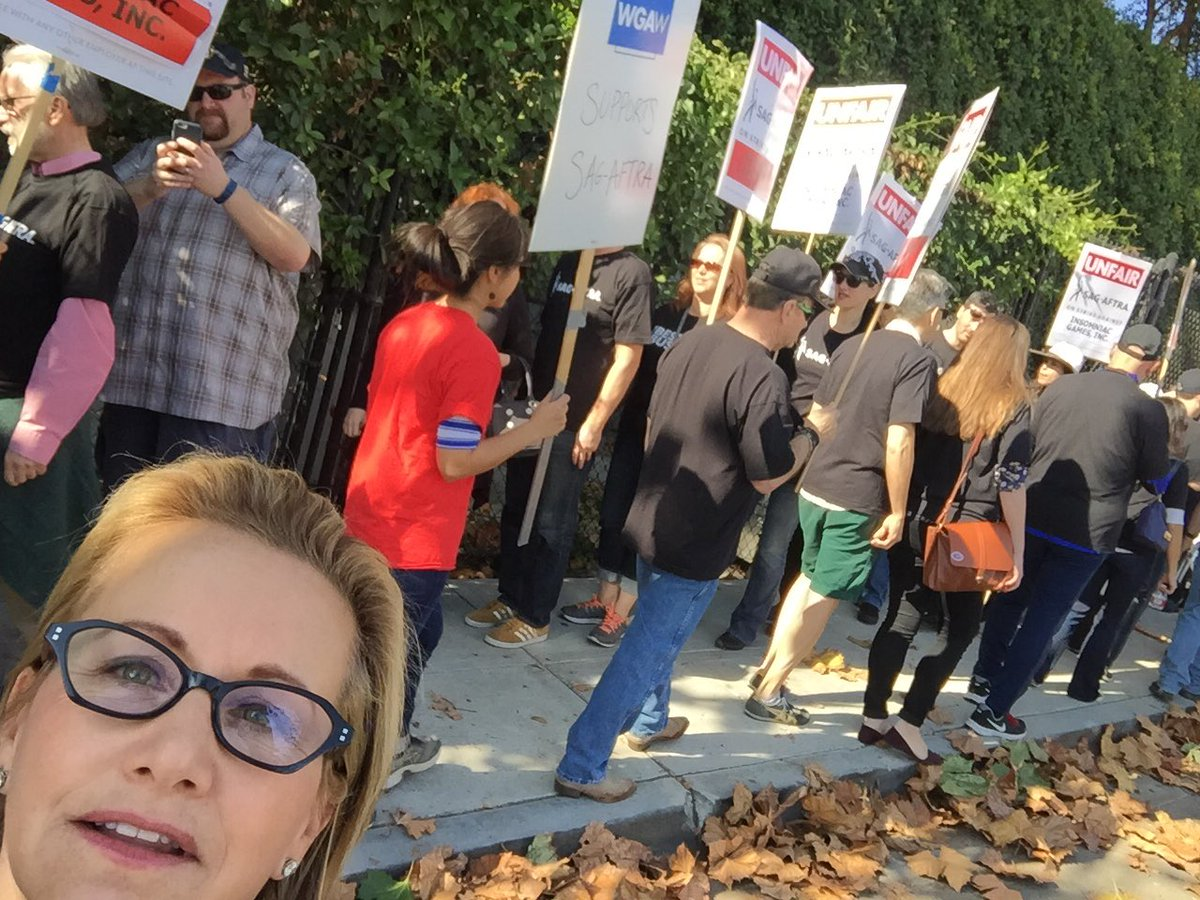 here walking with #sagaftra members for a fair video games contract #PerformanceMatters https://t.co/P3f6VDSB4k