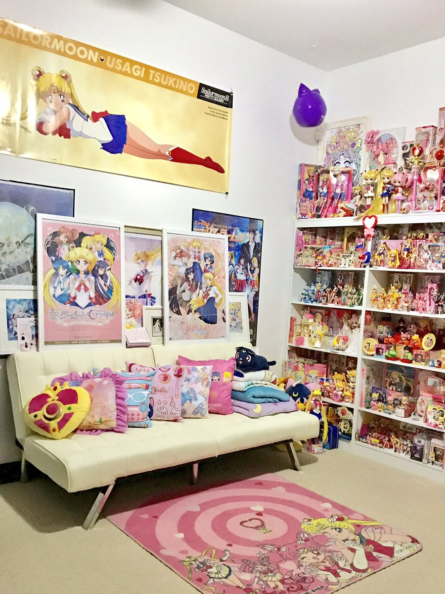 Finally put up my huge vintage #SailorMoon poster! I feel like my toy room is finally looking finished