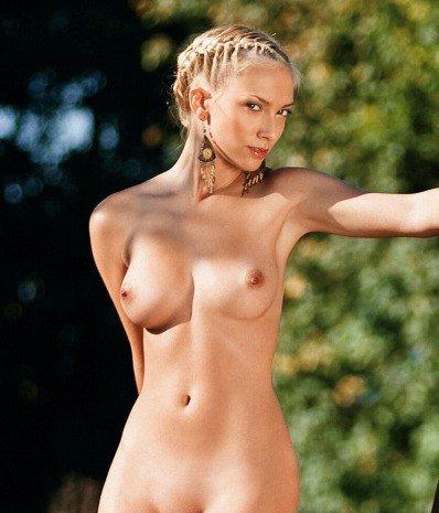 Девушки дня голые фото