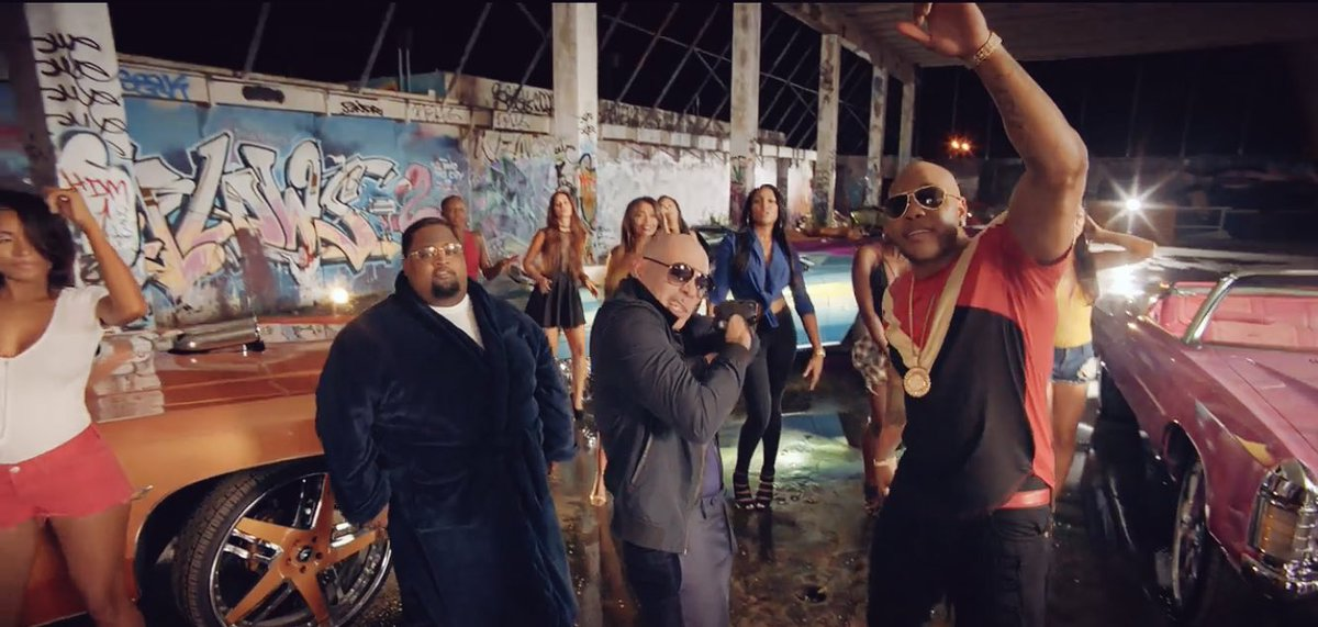 #TBT Move at a fast pace @official_flo @LunchMoneyLewis #Greenlight https://t.co/40JLK6JWVG https://t.co/PNlygeKHL9