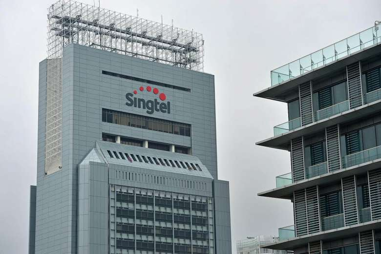 JUST IN: @Singtel will waive mobile data charges for affected customers today https://t.co/S1Piw6xDd3