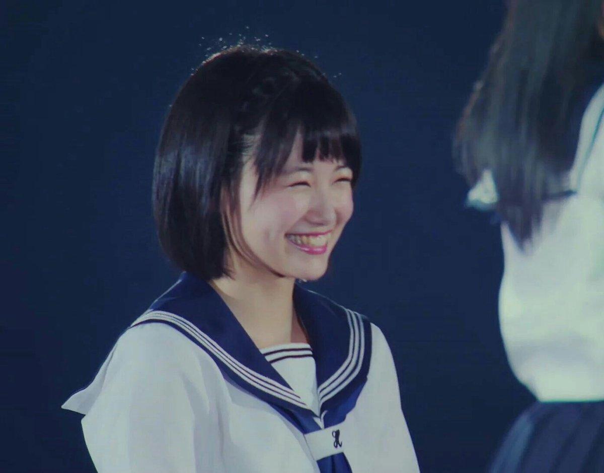 この美桜ちゃんの笑顔最高だよね😁私が1番好きな美桜ちゃん☺はやくコンサート行きたいなー。