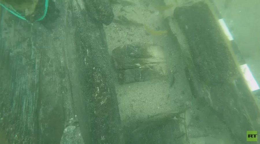 Crimea shipwreck could be fabled British battleship carrying military gold (VIDEO)
