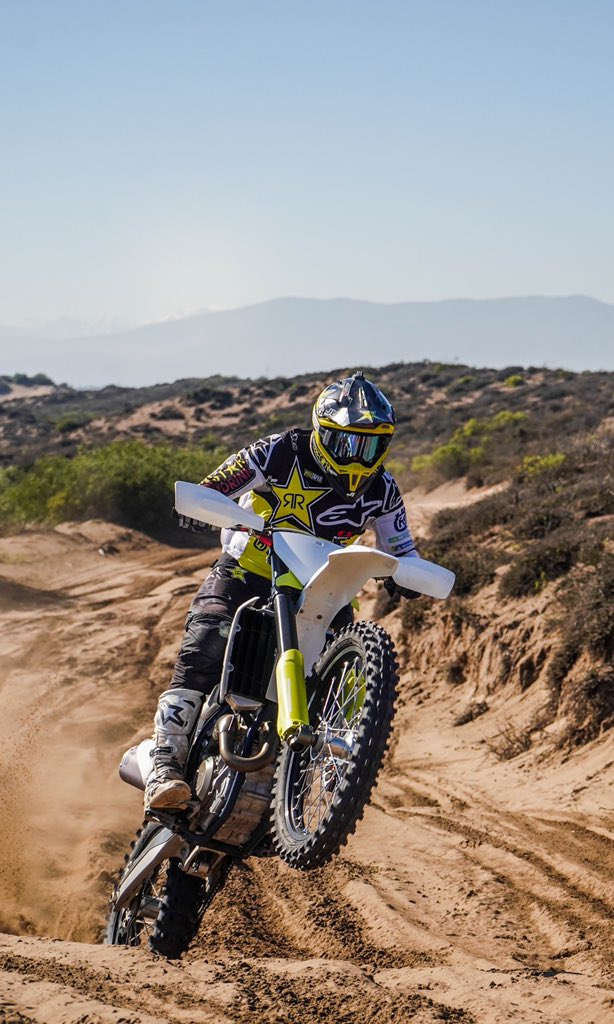 So happy to be Back on my @rockstarhusky @husqvarna1903 🔥. #vamosquevamos https://t.co/eZvClSMgUX