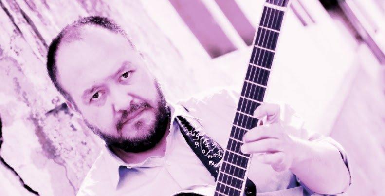 """test Twitter Media - Junto Íñigo Díaz revisamos """"Ni lo Pienses"""" el tercer disco del guitarrista y profesor Jorge Díaz, editado en 2014 por el sello Animales en la Vía en #SuiteRecoleta. Dale play 👉 https://t.co/p7ozkPAZo6 https://t.co/LSfAbEmLjB"""