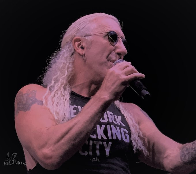 Happy Birthday Dee Snider! (pic taken at Lava Cantina in The Colony, TX--2019)