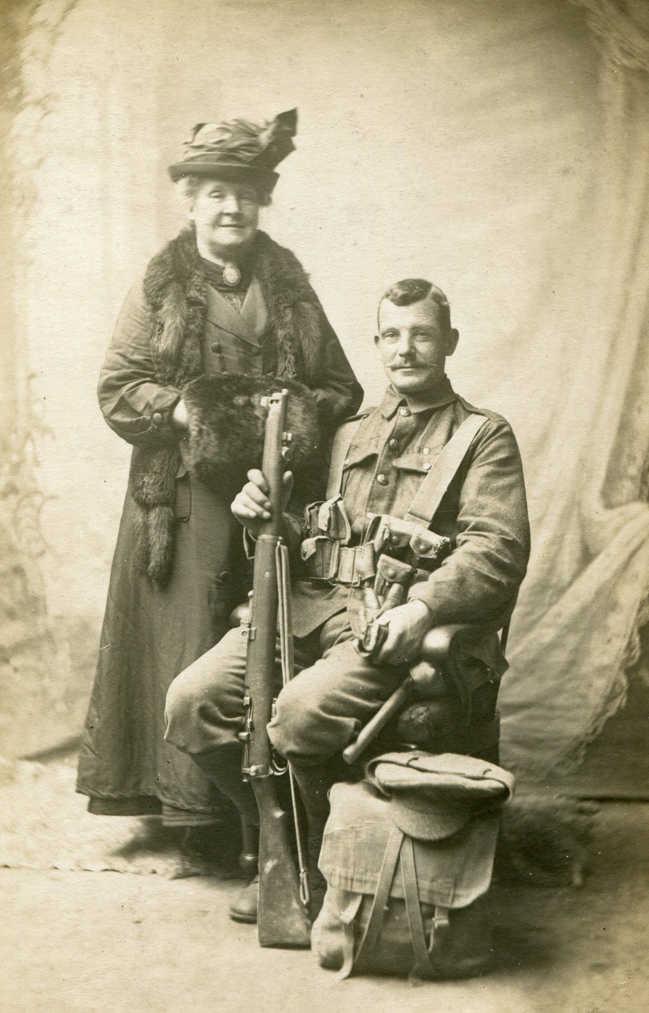 Happy #mothersday! This #WW1 image shows a proud mother with her son just back from the front line. https://t.co/VWM78HTuP6