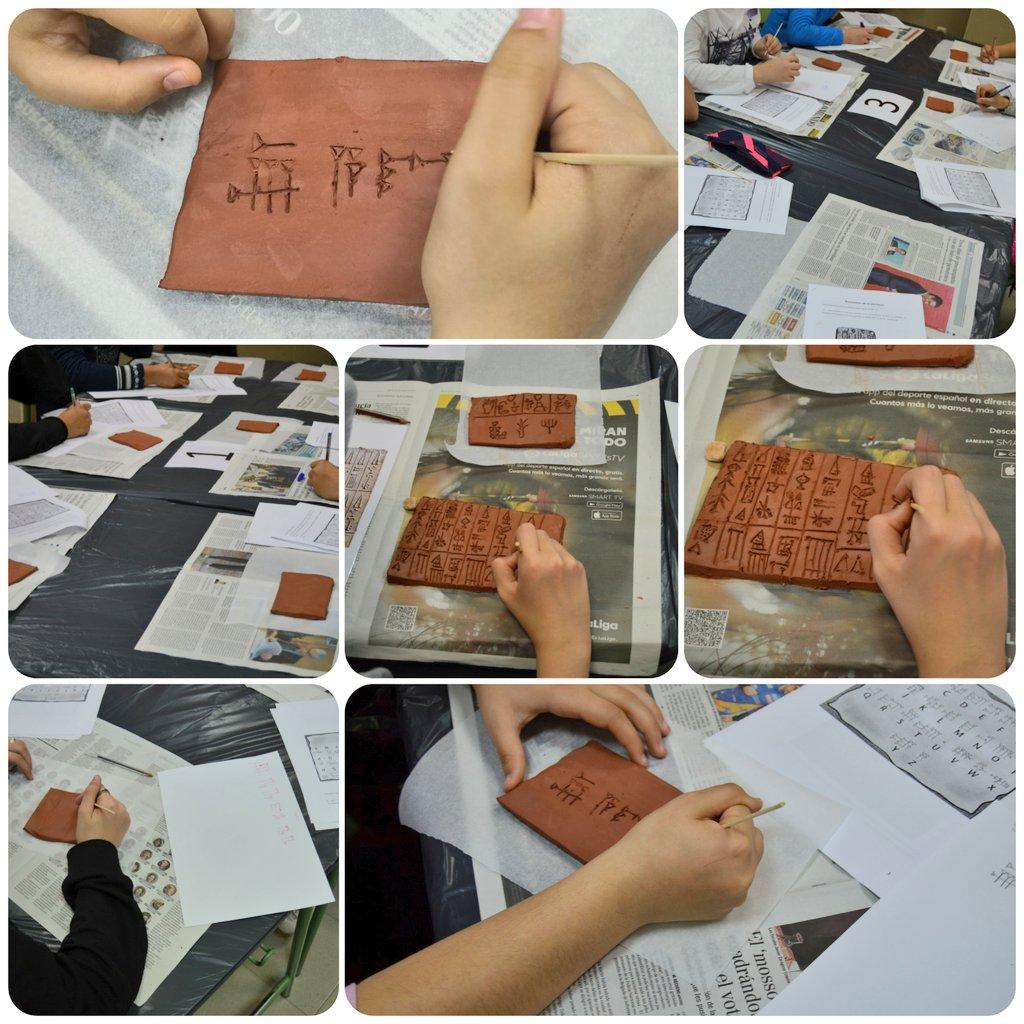 Los alumnos de 1° ESO @IES_Alpajes realizan un taller de escritura cuneiforme con sus profesores de Geografía e Historia durante #SemanaCultural  @Ayto_Aranjuez @CTIFMadridSur @innovacion_edu https://t.co/PMU4AfnnVc