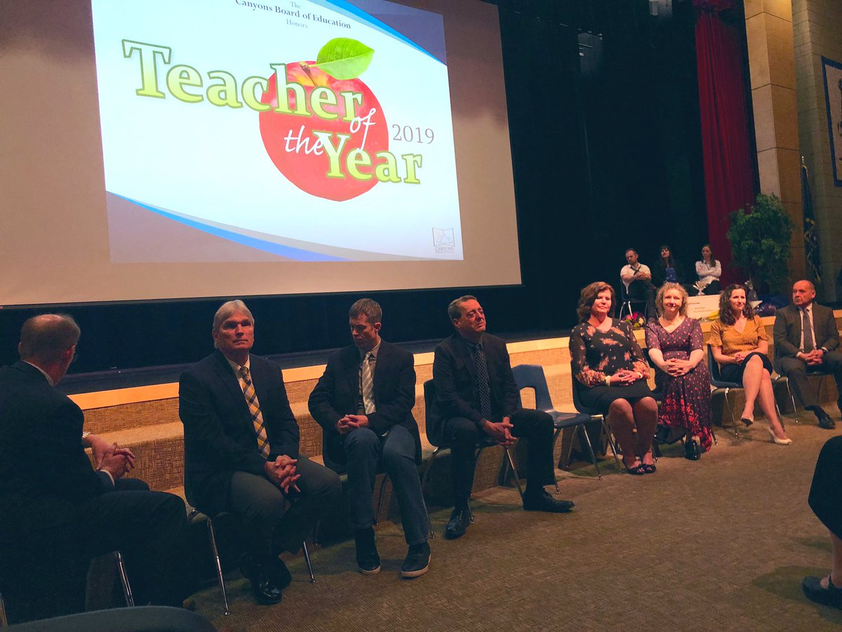 test Twitter Media - News being made tonight in @canyonsdistrict: proposal to increase beginning teacher pay to $50K and pay raise for existing teachers of $7665. Way to go, Canyons Board of Education. #uted https://t.co/Ghvhjt1Ql1