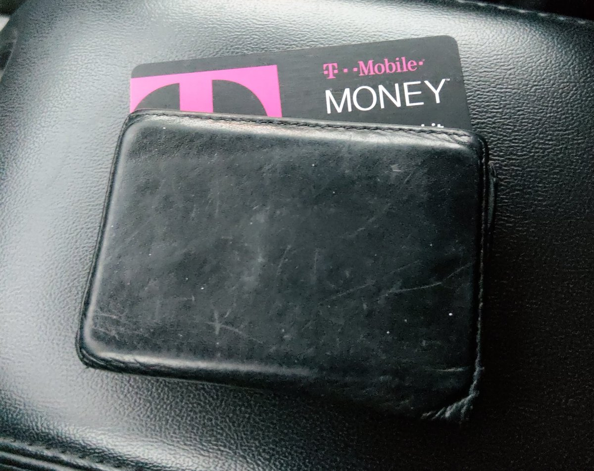 RT @_Agent37: @JohnLegere I've had mine since December and never leave home without it! #TMobileMoney https://t.co/gLE6E3Sqtl