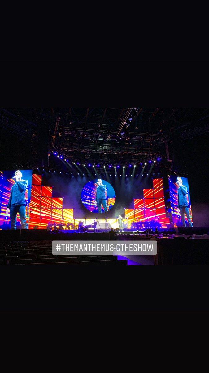 Tonight. #TheManTheMusicTheShow https://t.co/qynh5PJwKi