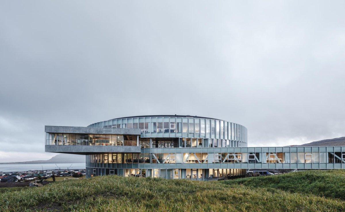 RT @wallpapermag: A glass and aluminium school...