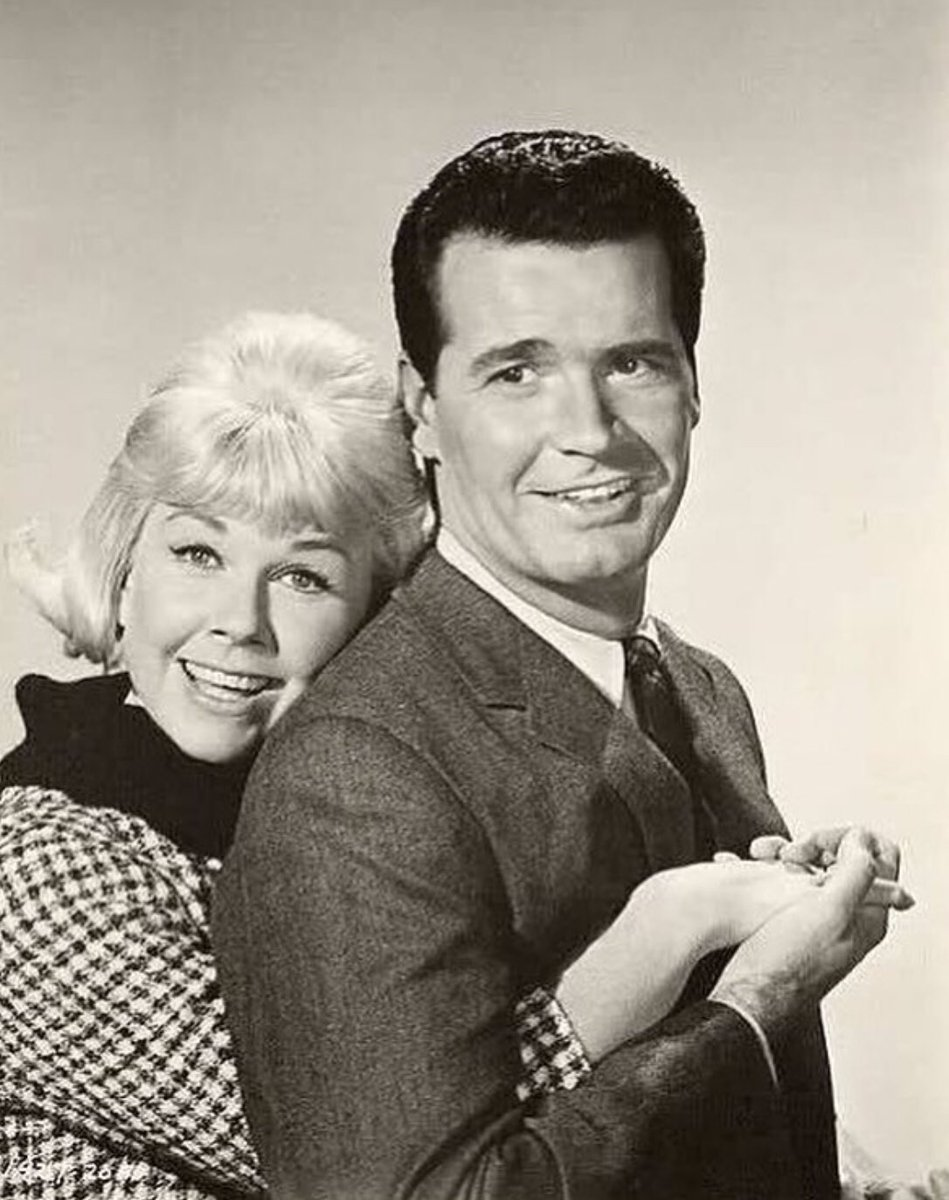 Rest In Peace Doris Day. ????????❤️ She will always be one of my very favorites! ????????????????⭐️ https://t.co/kwq8IWfzb8