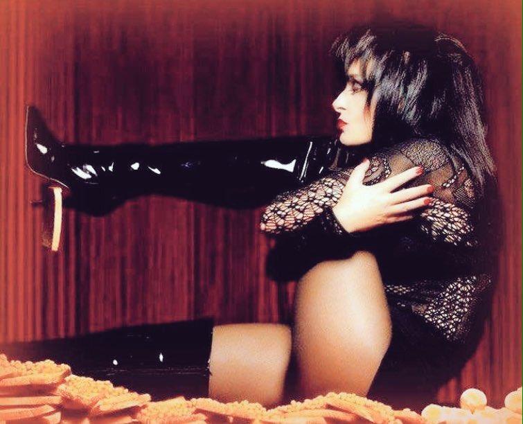 💋🕸 Siouxsie Sioux #banshee #beauty #punk #music #queen 🕸💋 https://t.co/ifpFQIXW9c