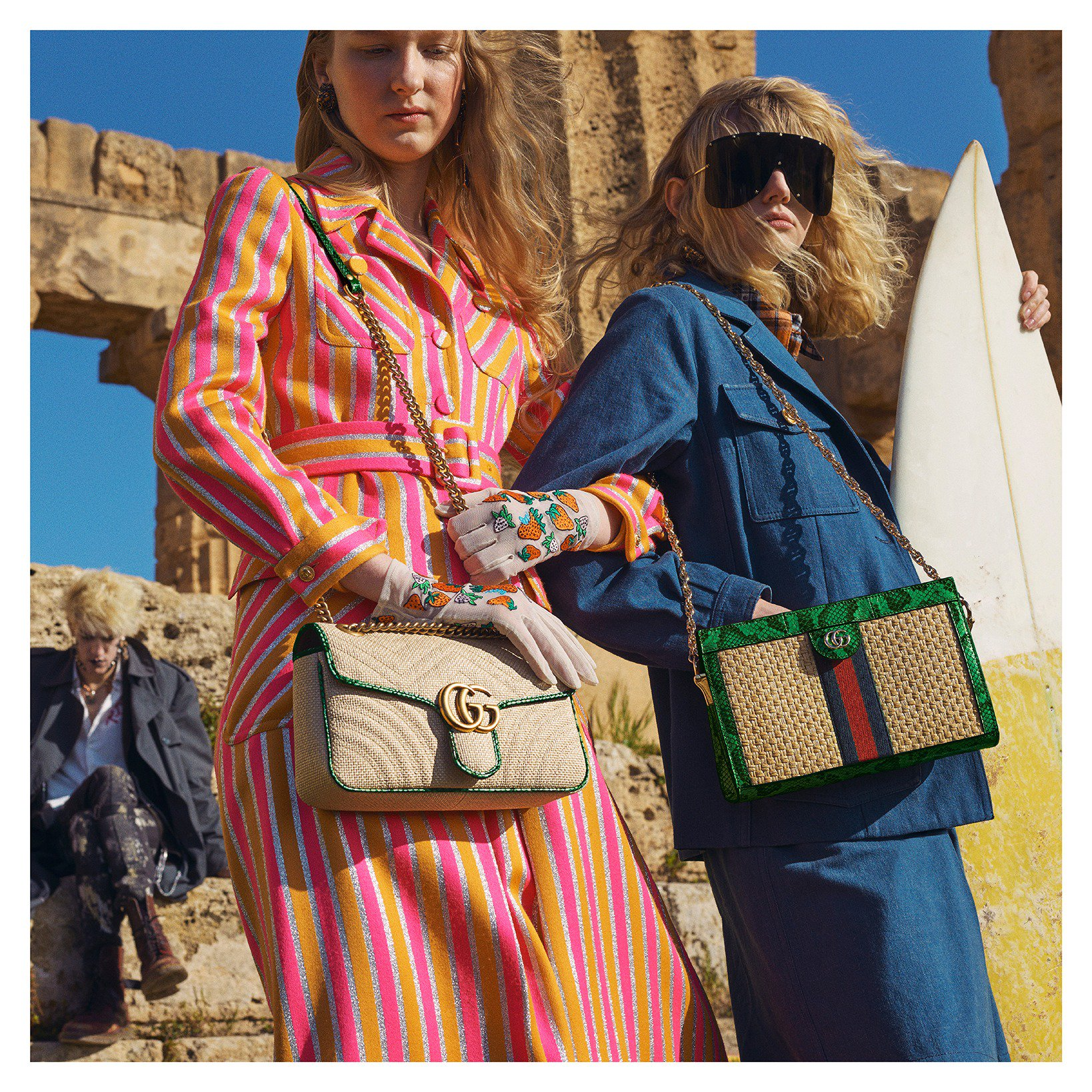 Summery materials of raffia and straw are crafted into bags from the Towards Summer #GucciPreFall19 collection by #AlessandroMichele. The shoulder bags include a #GucciOphidia design with precious leather trim, and a #GGMarmont style, available exclusively online. https://t.co/OAFlqgZ5vj