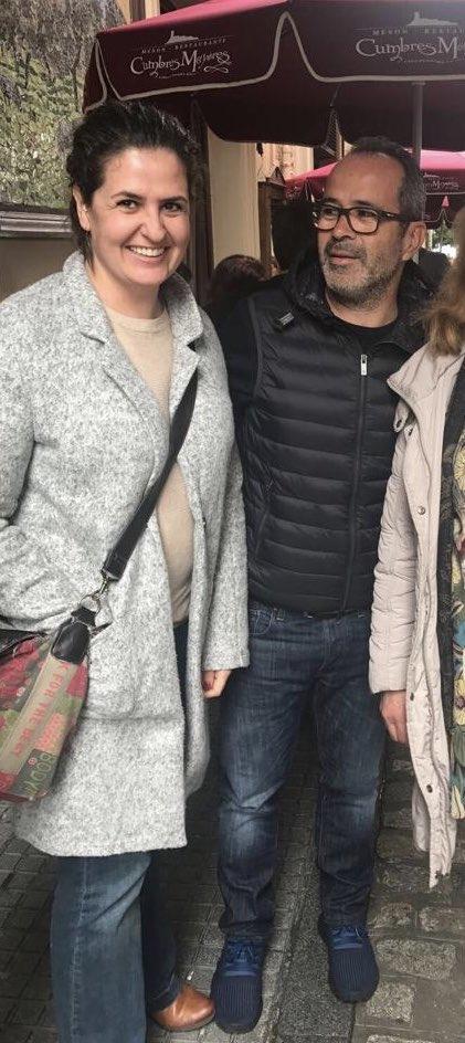 Quédate con quien te mire como Don Alvaro Cervera mira a mi hermana!😂💛💙👓 https://t.co/PcO4c1bOxC