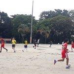 ⚽🏆A esta hora inician los entrenamientos de nuestra escuela de formación en fútbol en el polideportivo Maracaná. https://t.co/vwXyuO63Bj