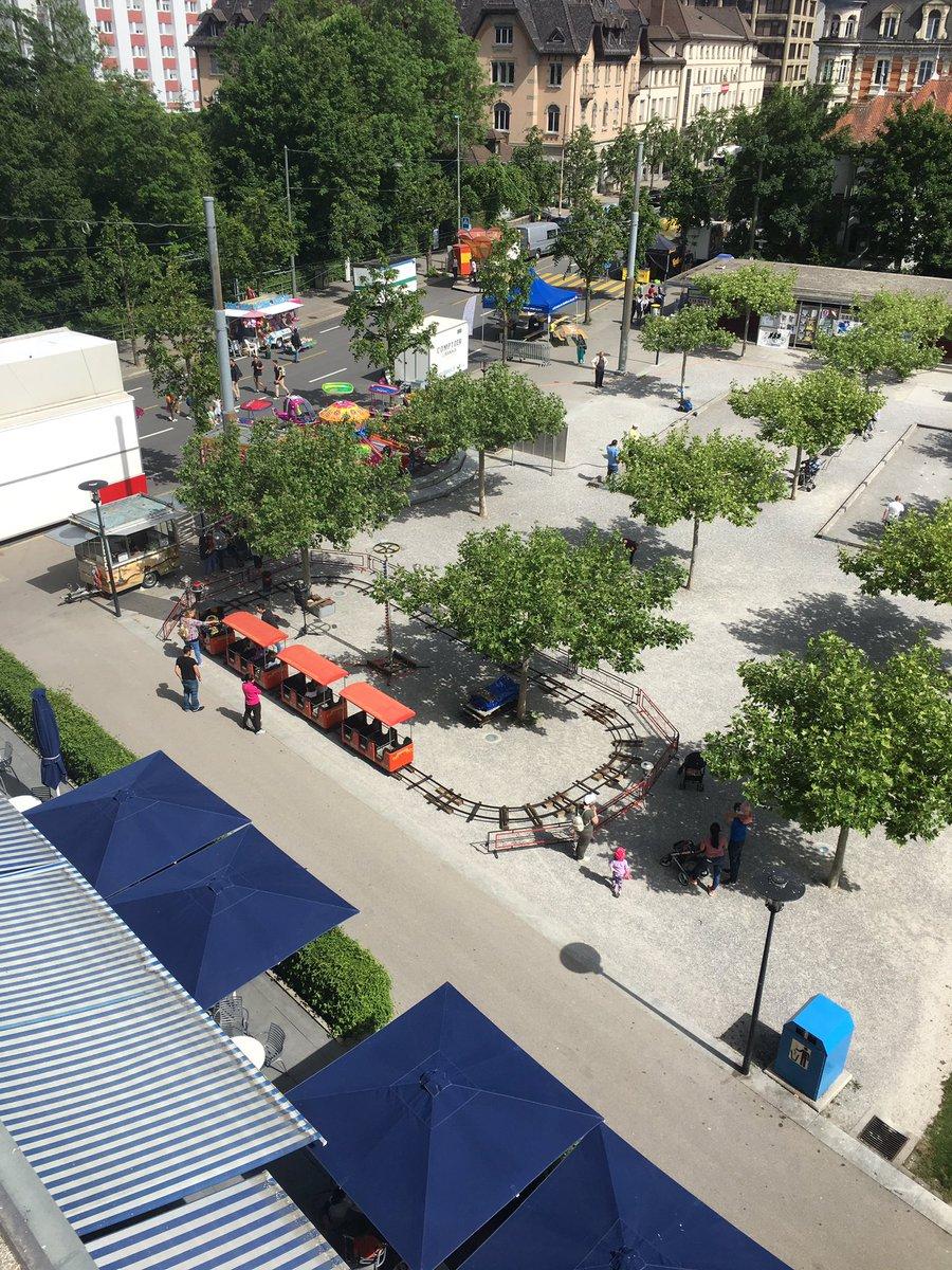 It begins! #fetesdeperolles2019 #fetesdeperolles #tinytrain #perolles #fribourg #fribourgregion #switzerland https://t.co/GxeHxu55az