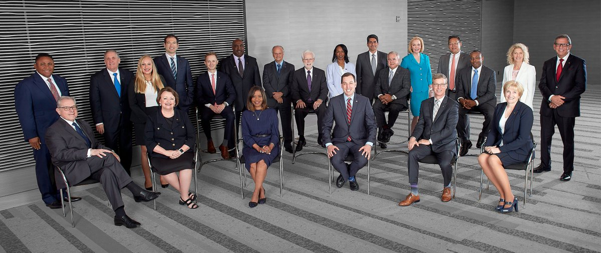 Thrilled to serve as @AmerMedicalAssn Board Chair! What a fantastic group working to improve #healthcare in America! #AMAzing @CEO_AMA @PatriceHarrisMD @BarbaraMcAneny @JackResneckMD @DrBruceAScott @sickledoc @DrSandyFryhofer