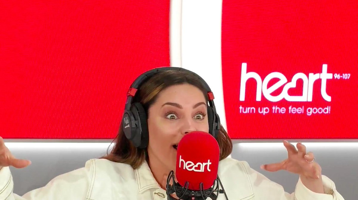 RT @thisisheart: Fish & chips... salt & pepper... @jkjasonking & @IAMKELLYBROOK are quite the duo ???????? https://t.co/Zjka18hl3X