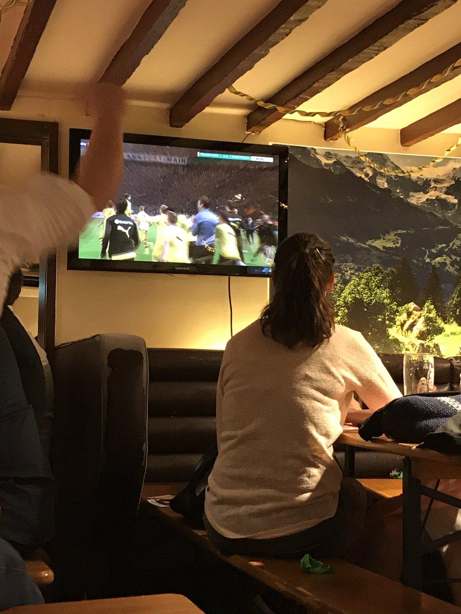 Yeah!  #dfbpokal #dfbpokalfinale #bvbsge #finalebvb #bvb #borussiadortmund https://t.co/zfGtkoRUl5