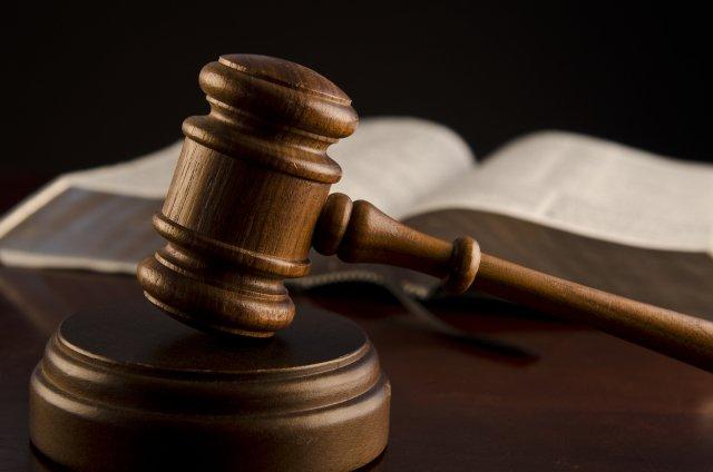 Glastonbury man pleads guilty to kickback scheme