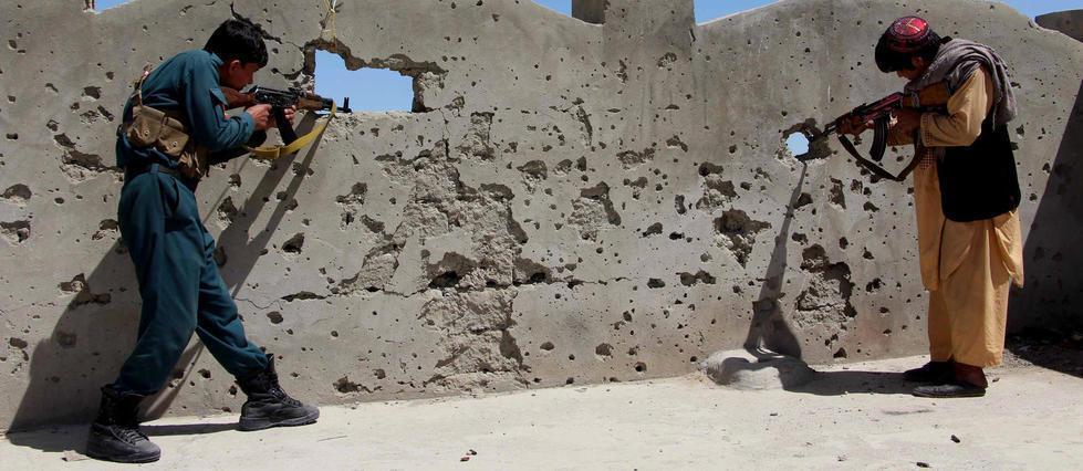 Afghanistan:20policiers tués par les talibans