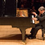 Emotional Richness in Minor Keys From 2 Revered Pianists
