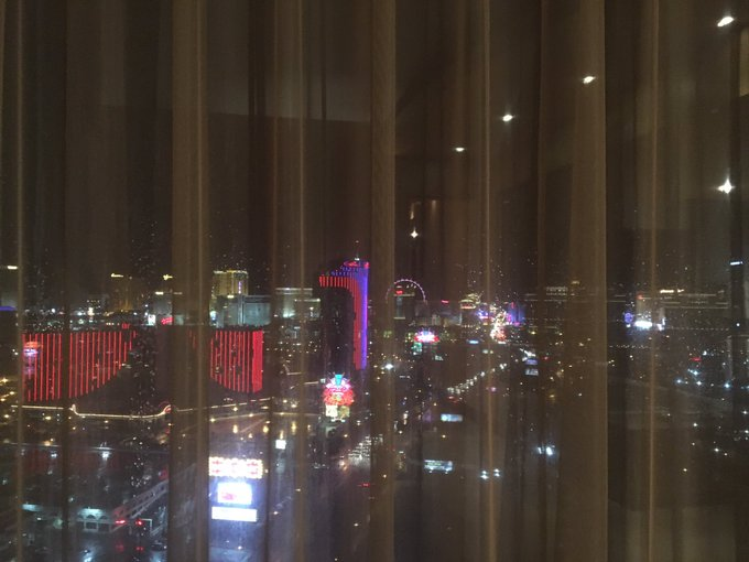I'm the only bitch who goes to #Vegas for a good night's rest https://t.co/GT7ALnuZq5