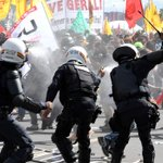 Protesters Clash With Police in Brazil's Capital