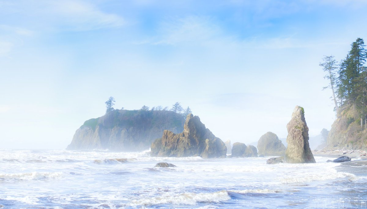 A splendid scene at Ruby Beach in Oregon.. https://t.co/lwH4g4bEhR https://t.co/hU3utdmuPh