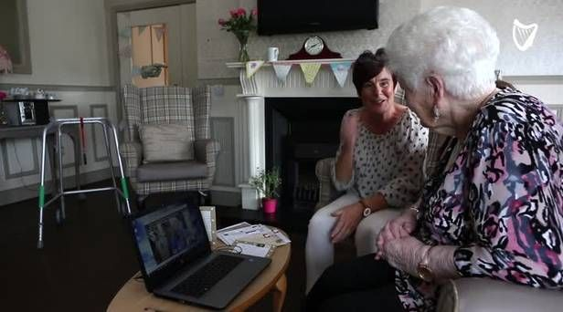 Irish woman (81) chats with Australian best friend she has never met - Independent.ie
