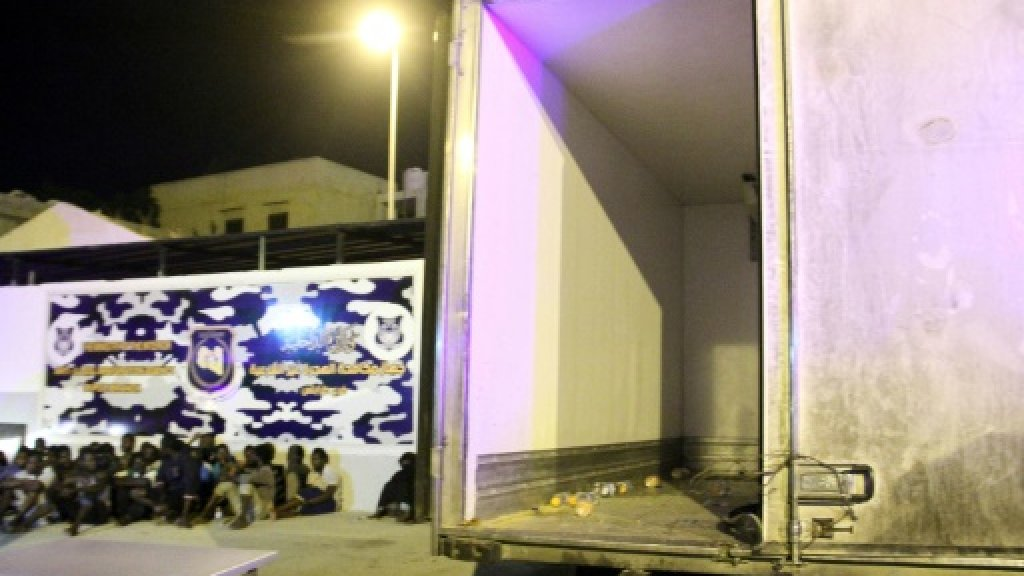 Seven dead migrants found in abandoned Libya truck