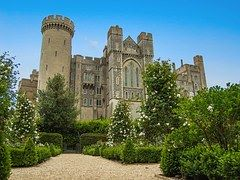 test Twitter Media - Arundel Castle, England #castles #architecture #travel https://t.co/BIsdjGohr2
