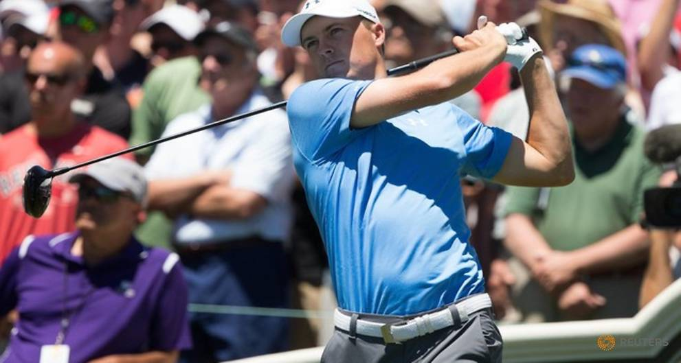 Golf - Spieth returns to form and grabs Connecticut lead