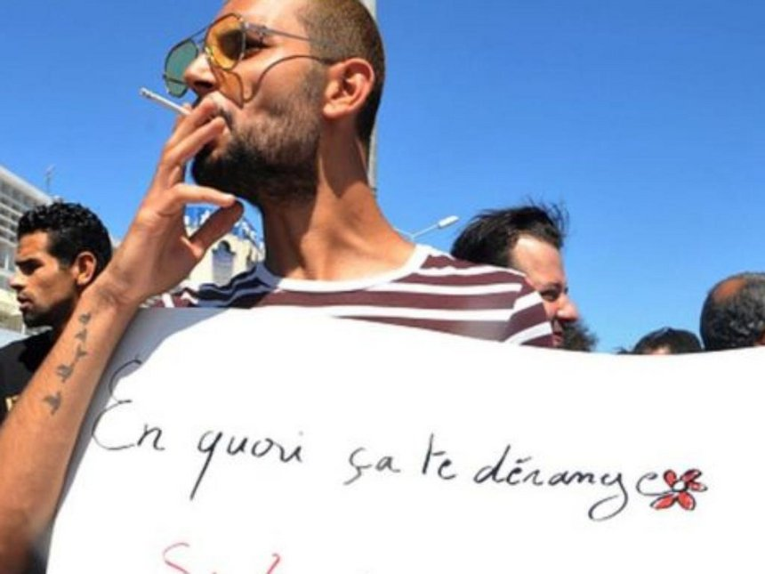 Tunisian smoker jailed for not fasting during Ramadhan