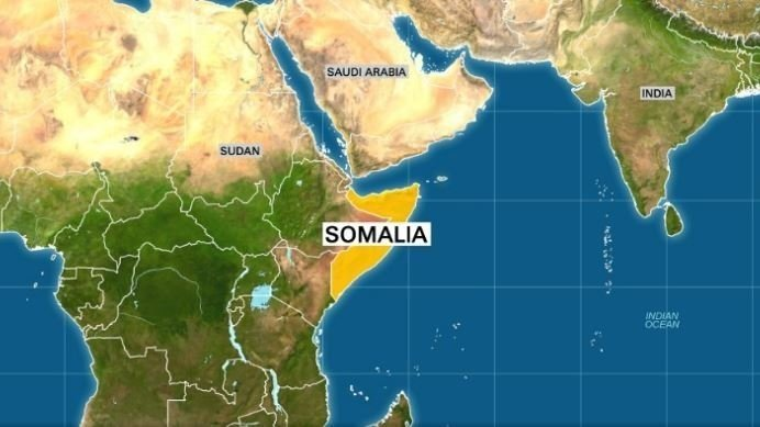 At least 4 dead in car bombing outside Somalia restaurant