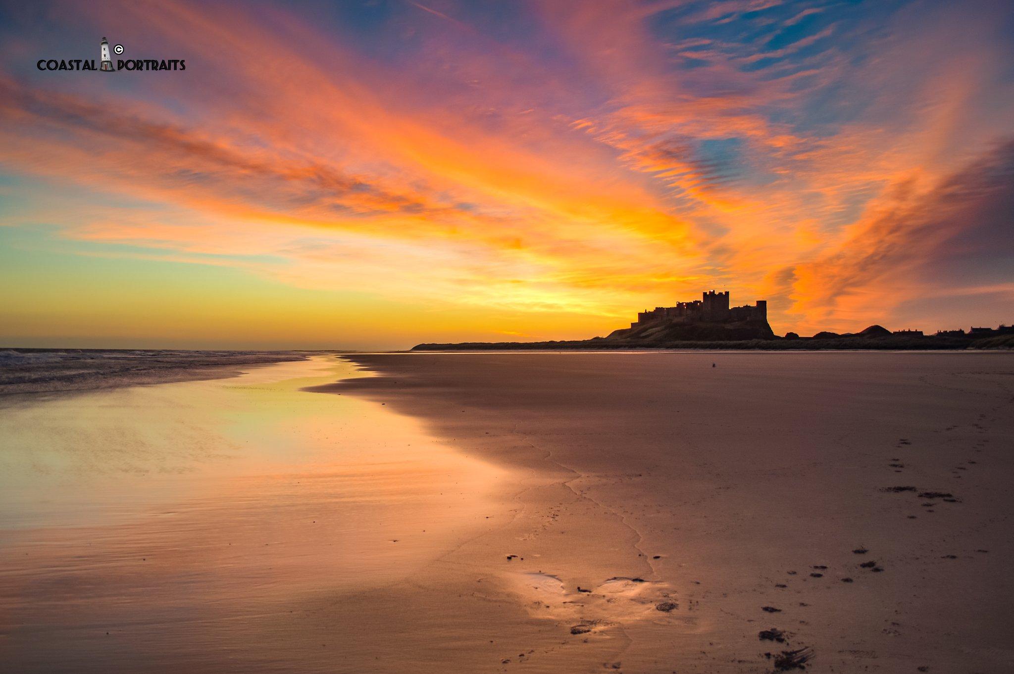 Bamburgh Castle Sunrise #StormHour #thephotohour #yourshot https://t.co/9FDT4xHGeh