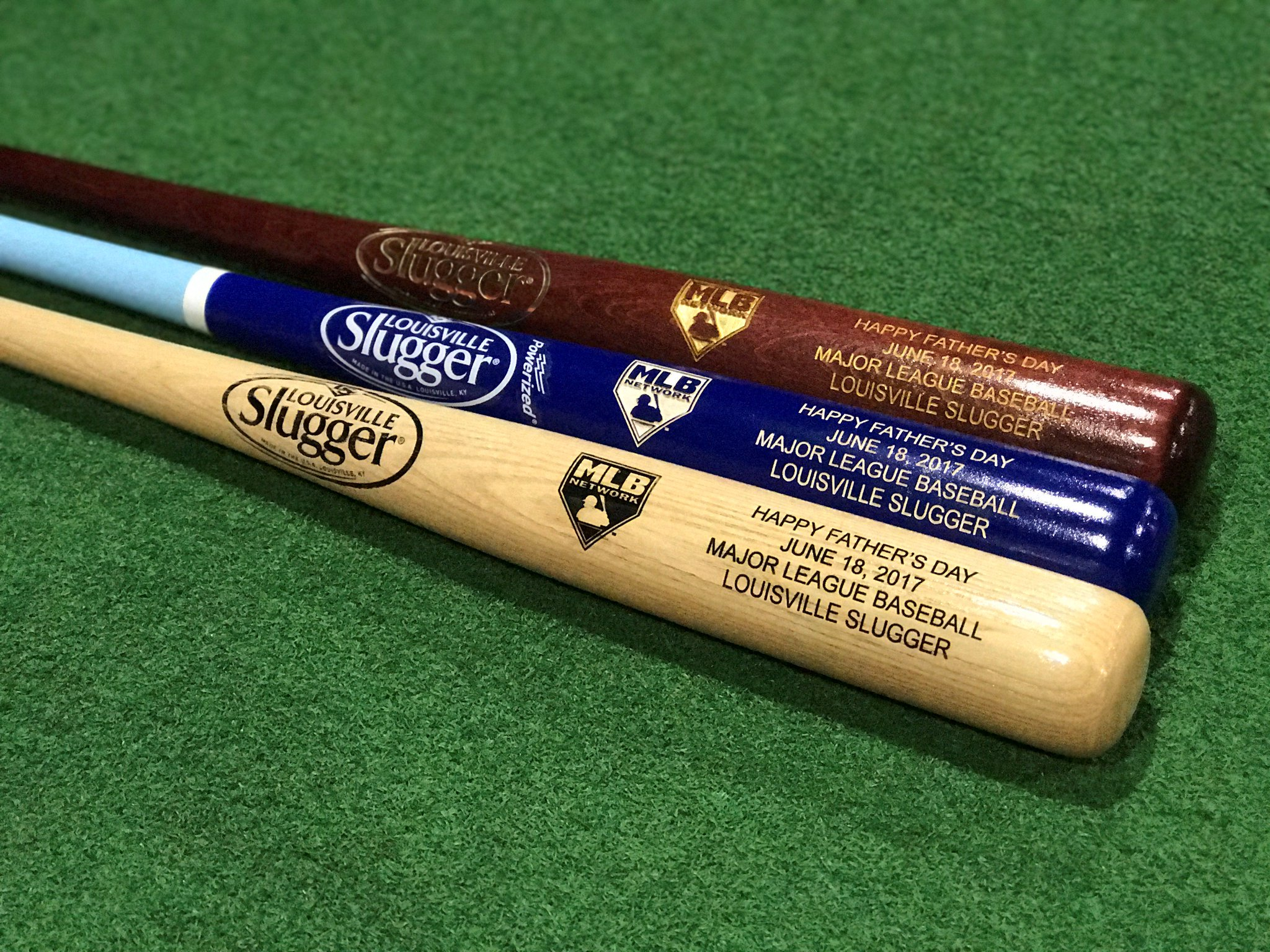 Happy Father's Day! RETWEET now for a chance at a @sluggernation #FathersDay bat! https://t.co/7Fo57TX1OR