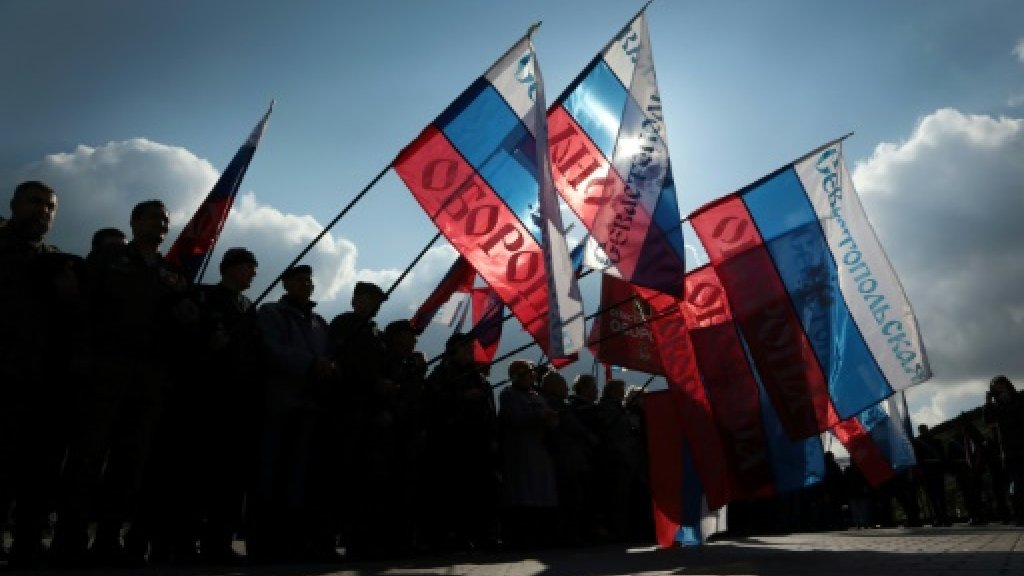 EU rolls over Crimea sanctions for another year