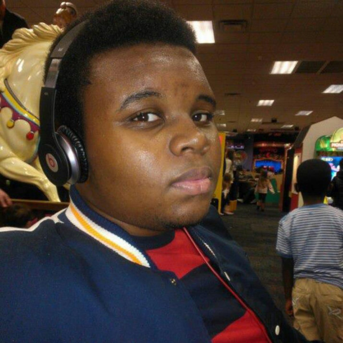 Family of Michael Brown settles its lawsuit against Ferguson for $1.5 million.