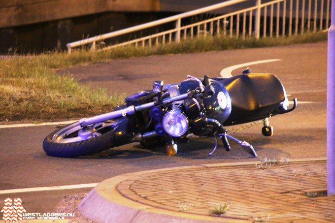 Motorrijder eenzijdig ongeluk Nieuweweg overleden (info update) https://t.co/d6PHz37DCj https://t.co/ngVZsXD4bF