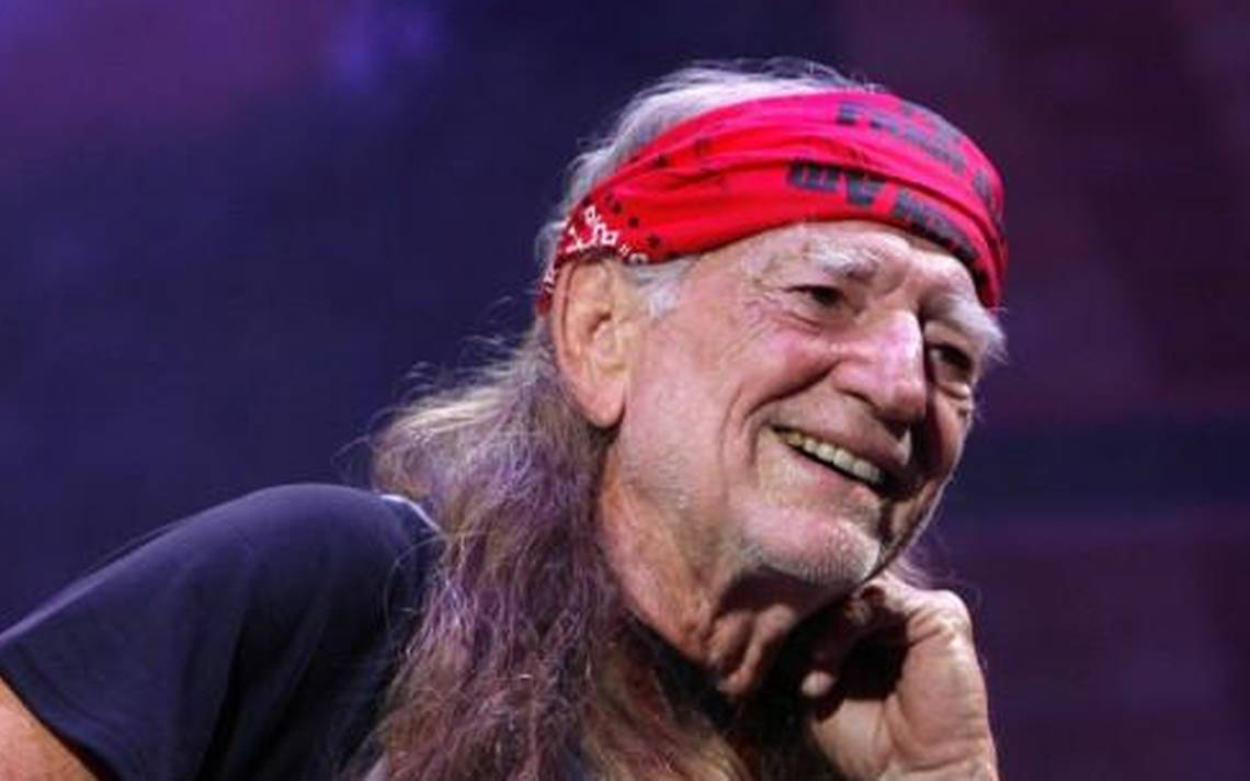 Willie Nelson & Family reschedule rained-out Starlight show for the fall