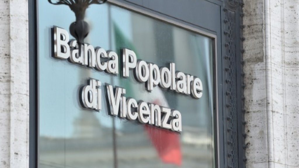Italy hopes Venetian intervention draws line under banking woes