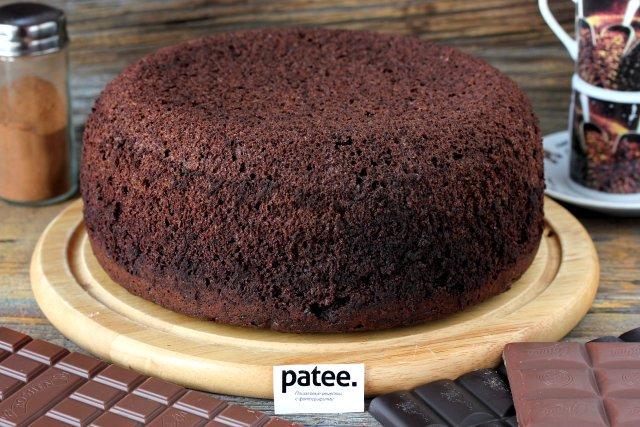 Шоколадный шифоновый бисквит в мультиварке рецепт с фото