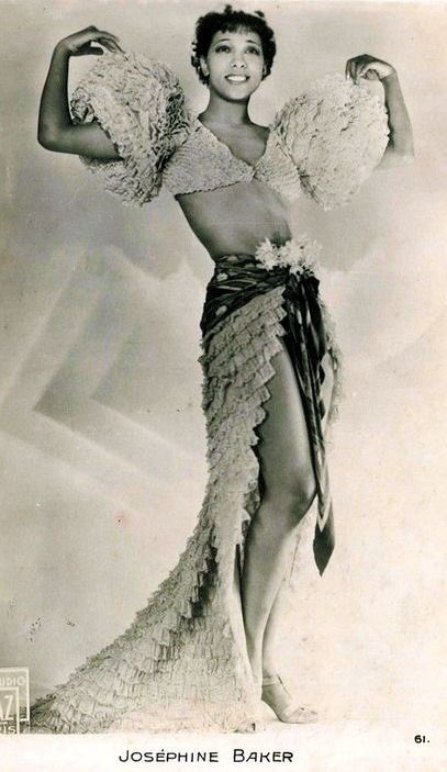 """RT : """"I wasn't really naked. I simply didn't have any clothes on.""""  - Josephine Baker (1906"""