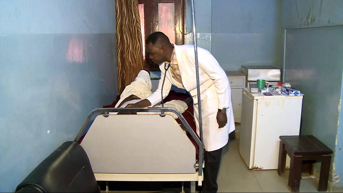 Sudan's government criticised for  'downplaying cholera outbreak'
