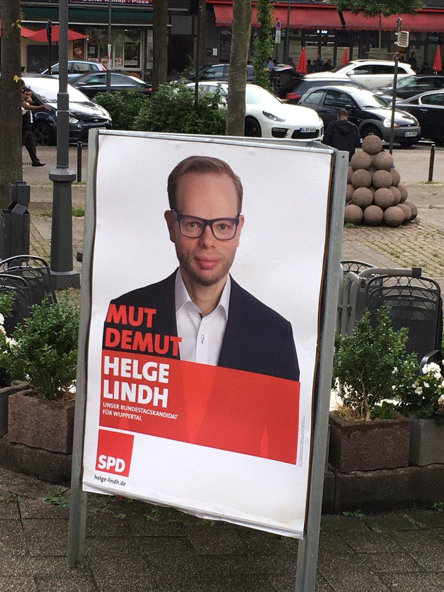 test Twitter Media - Mit unserem Bundestagskandidaten #HelgeLindh beim Wahlkampfauftakt in der Färberei.Opimistische Stimmung! https://t.co/CKb3D3ezCq