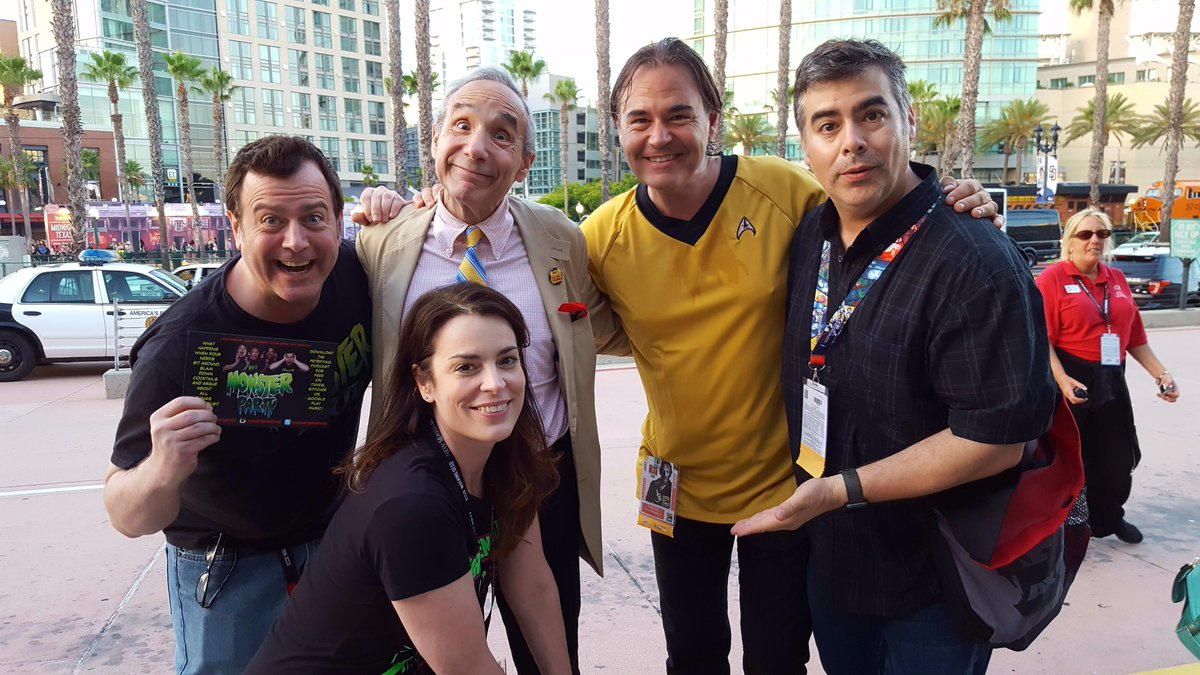 RT @MattWeinhold: Comic Con isn't Comic Con, without a photo op with Troma Films' Lloyd Kaufman! https://t.co/3RTnwDQUUx
