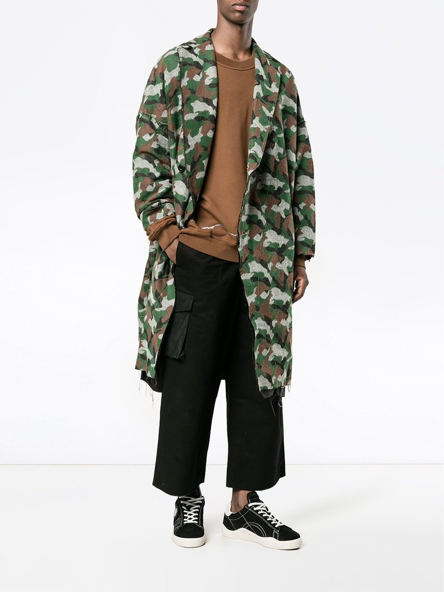 Hard-to-find pieces from cult labels all in one place: https://t.co/Av3gTUCgDs https://t.co/1njaXFDQ2O